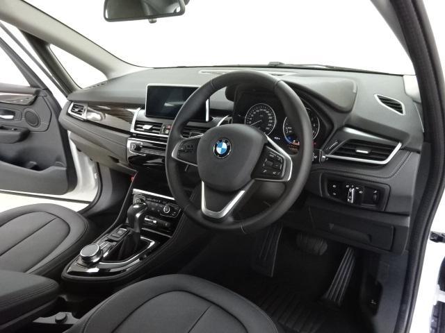 BMW BMW 218iアクティブツアラー ラグジュアリー 黒革 Rカメラ