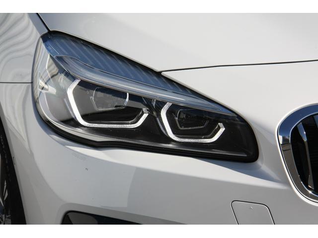 218dアクティブツアラー ラグジュアリー 後期 LEDヘッドライト ブラックレザー シートヒーター メモリー機能付き電動シート HDDナビ バックカメラ 自動縦列駐車アシストコンフォートパッケージ 電動リアゲート 禁煙車(7枚目)