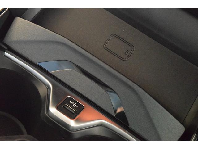 「BMW」「1シリーズ」「コンパクトカー」「千葉県」の中古車36