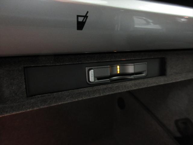 ポルシェ ポルシェ ケイマン S PASM本革電動シートHDDナビパーキングセンサー