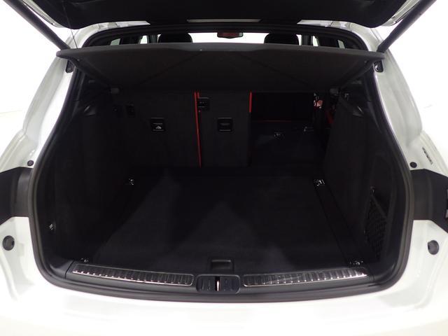 マカンGTSスポーツエグ赤革電熱席ウッドパネルPガラス(18枚目)