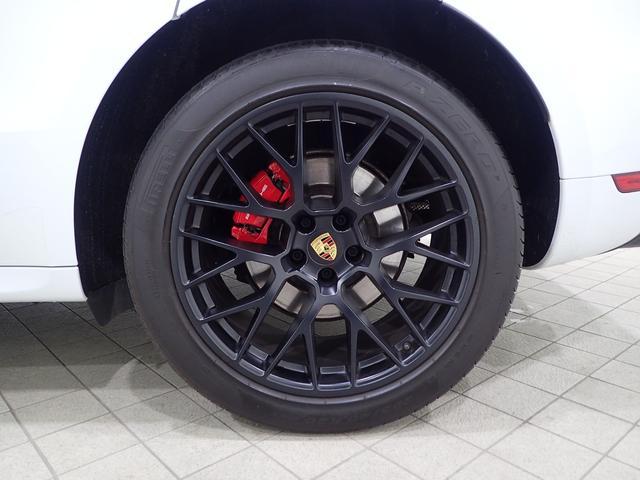マカンGTSスポーツエグ赤革電熱席ウッドパネルPガラス(19枚目)