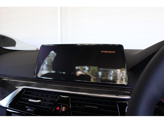 BMW BMW 523d Mスポーツ ドライビンA LED ACC 19AW