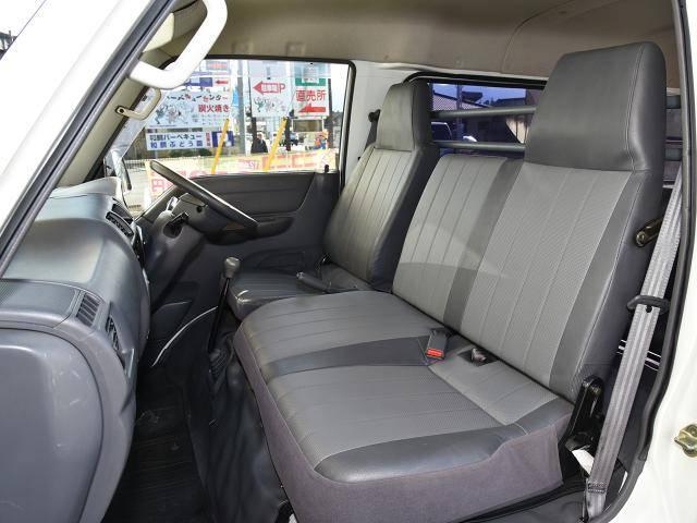 三菱 デリカカーゴ ロングCD ベンチシート 両側スライドドア