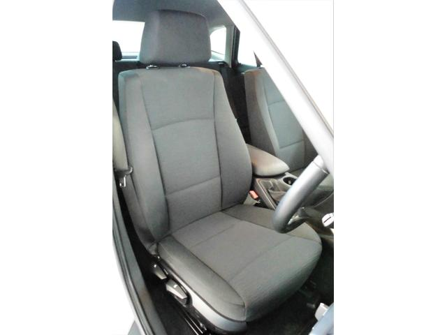 運転席側シートの状態:破れ・へたりもなく、スレ、切れも無く状態良好です♪