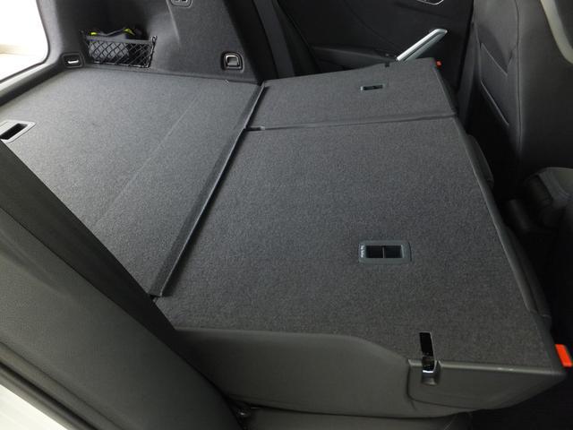 「アウディ」「Q2」「SUV・クロカン」「東京都」の中古車16