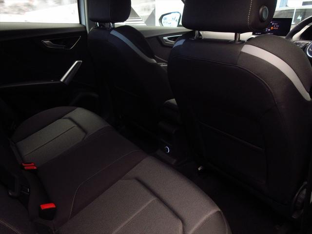 「アウディ」「Q2」「SUV・クロカン」「東京都」の中古車17