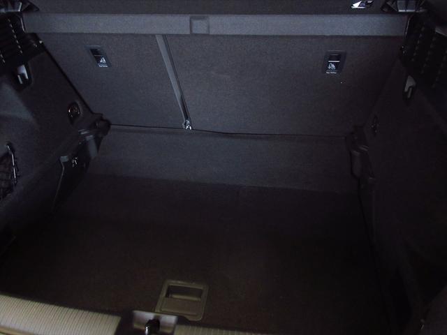「アウディ」「Q2」「SUV・クロカン」「東京都」の中古車18