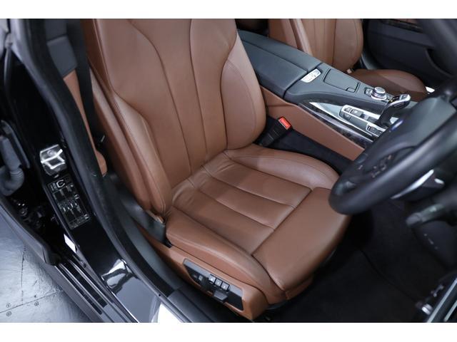 ドライバーズシートは綺麗な状態で、気になるヤレや汚れ等無くご安心頂けます!