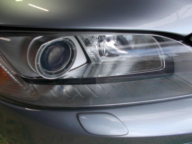 キセノンヘッドライト 今まで屋内保管のお車ですのでヘッドライトレンズや塗装状態も良好です!