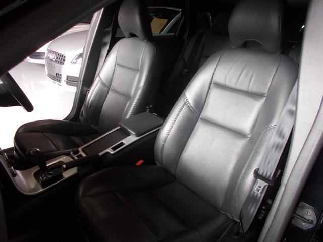 2.0eアクティブプラス HDDナビ 黒革 ディーラー整備車(12枚目)