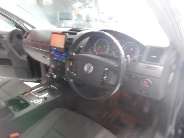 V6 4WD キセノン HDDナビ 18インチブラックアルミ(10枚目)