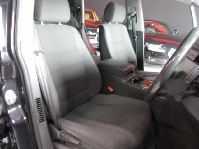 V6 4WD キセノン HDDナビ 18インチブラックアルミ(11枚目)