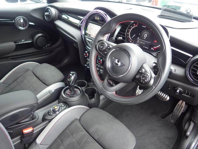 ジョンクーパーワークス ペッパーパッケージ マルチスピードメーター ヘッドアップディスプレイ シートヒーター 正規認定中古車(4枚目)