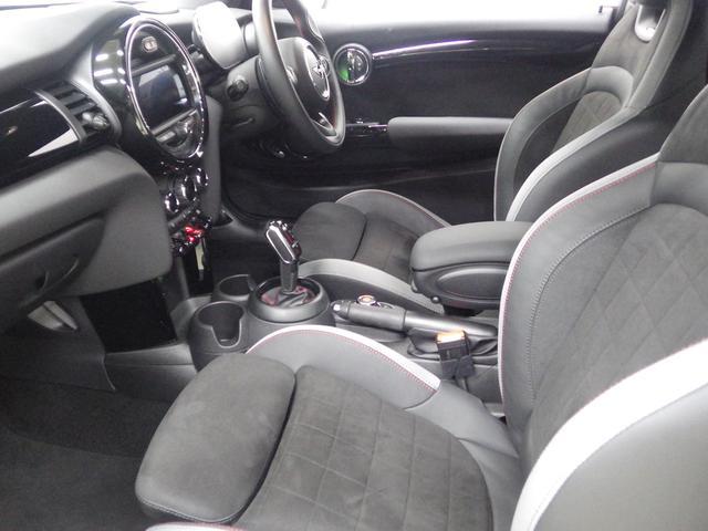 ジョンクーパーワークス ペッパーパッケージ マルチスピードメーター ヘッドアップディスプレイ シートヒーター 正規認定中古車(13枚目)