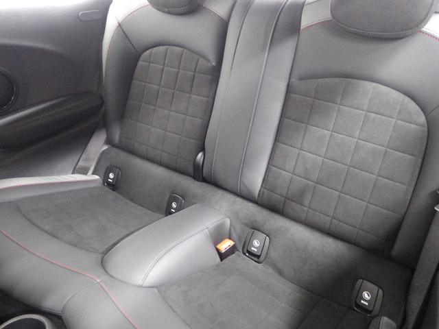 ジョンクーパーワークス ペッパーパッケージ マルチスピードメーター ヘッドアップディスプレイ シートヒーター 正規認定中古車(14枚目)