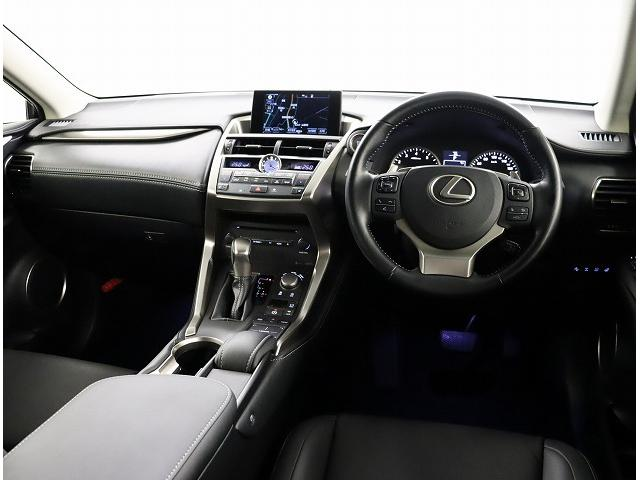 NX200t Iパッケージ 18インチアルミホイール プリクラッシュセーフティシステム 認定中古車CPO(2枚目)