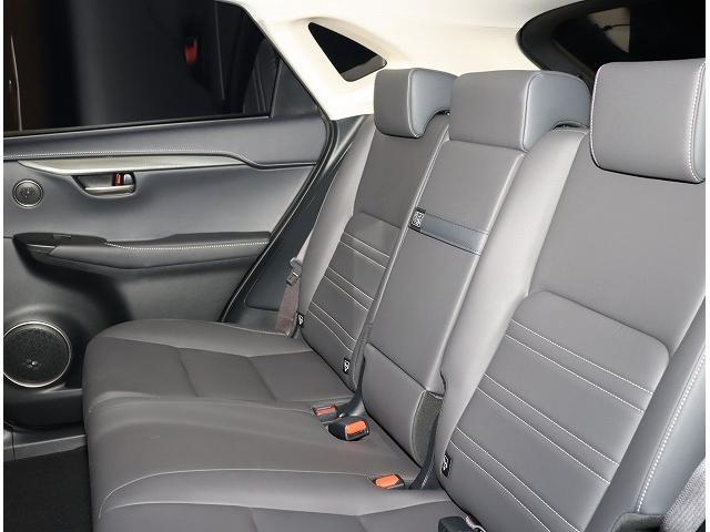 NX200t Iパッケージ 18インチアルミホイール プリクラッシュセーフティシステム 認定中古車CPO(5枚目)
