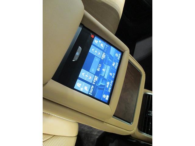 LS500 バージョンL ムーンルーフ 20インチアルミホイール 認定中古車CPO(17枚目)