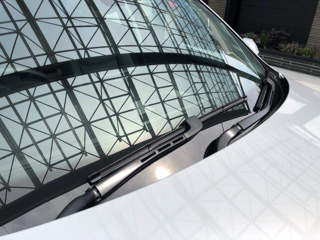 320i 走行1.7万キ・取扱説明書・カギ2本・禁煙・ダブルエアコン・ナビ・CD・DVD・AUX端子・運転席 助手席パワーシート・HID・オートライト・純正16インチアルミ・電動格納ミラー・オートワイパー(35枚目)