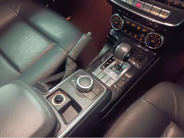 G350 ブルーテック ラグジュアリーパッケージ G63仕様バンパー ワイドフェンダー パナメリカーナタイプグリル 6×6スタイルフロントルーフスポイラー LEXANI24AW ラゲッジボード HDDナビTV ブラックレザー(41枚目)