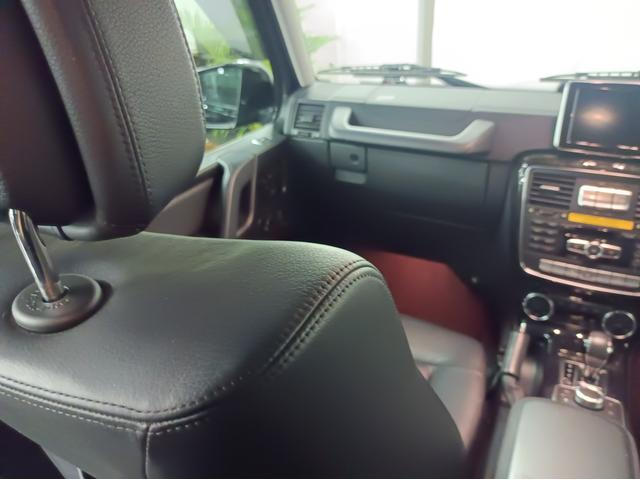G350 ブルーテック ラグジュアリーパッケージ G63仕様バンパー ワイドフェンダー パナメリカーナタイプグリル 6×6スタイルフロントルーフスポイラー LEXANI24AW ラゲッジボード HDDナビTV ブラックレザー(46枚目)