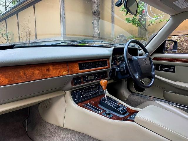 「ジャガー」「ジャガー XJ-S」「クーペ」「東京都」の中古車14