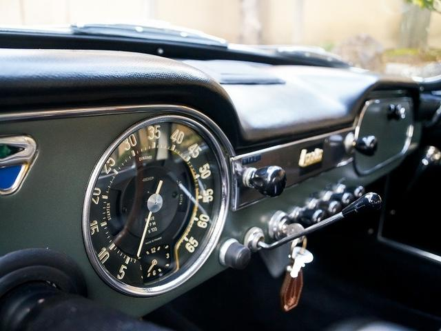 「ランチア」「ランチア」「コンパクトカー」「東京都」の中古車8