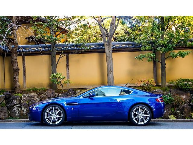 「アストンマーティン」「アストンマーティン V8ヴァンテージ」「クーペ」「東京都」の中古車3