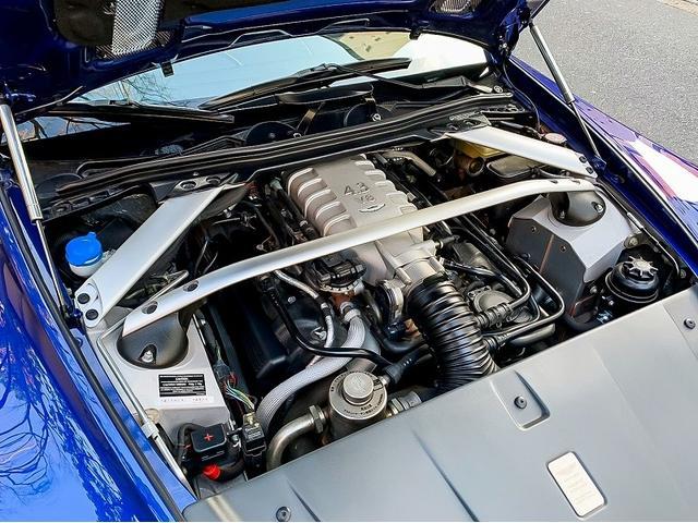 「アストンマーティン」「アストンマーティン V8ヴァンテージ」「クーペ」「東京都」の中古車13