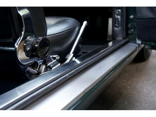 「アストンマーティン」「DB6」「クーペ」「東京都」の中古車9
