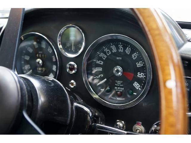 「アストンマーティン」「DB6」「クーペ」「東京都」の中古車18