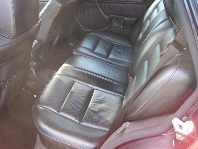 メルセデス・ベンツ M・ベンツ E320ステーションワゴン 左ハンドル サンルーフ レザー