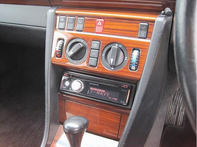 E220ステーションワゴン 後期モデル ETC ウーハー付き(10枚目)
