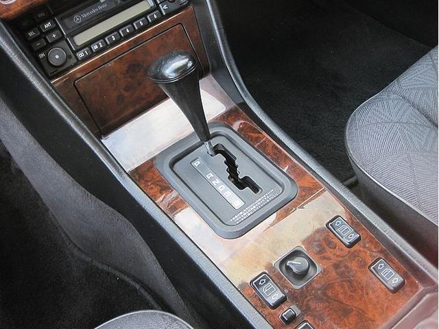 「メルセデスベンツ」「Eクラスワゴン」「ステーションワゴン」「千葉県」の中古車11
