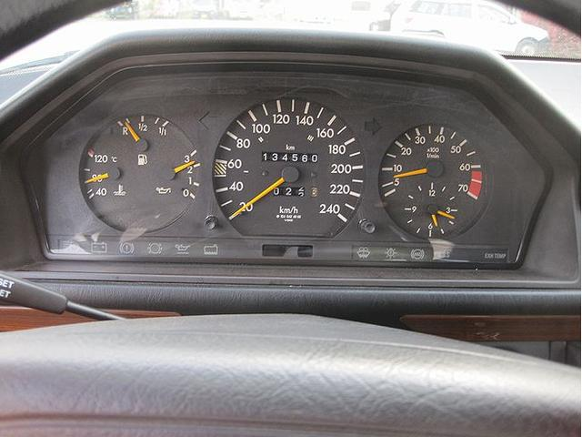 「メルセデスベンツ」「ミディアムクラス」「ステーションワゴン」「千葉県」の中古車16