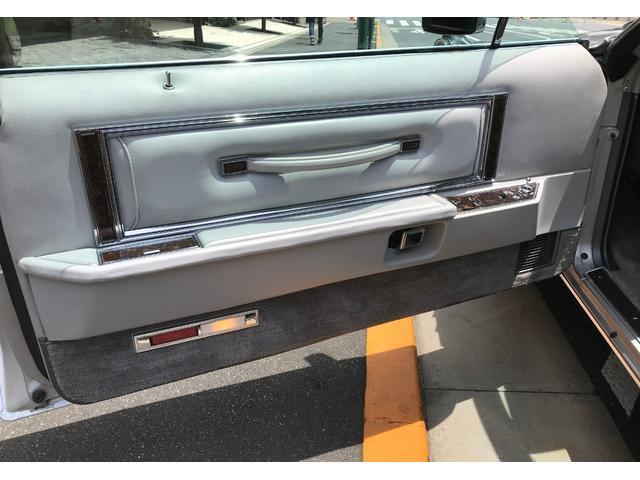 「リンカーン」「リンカーンマークV」「セダン」「東京都」の中古車21