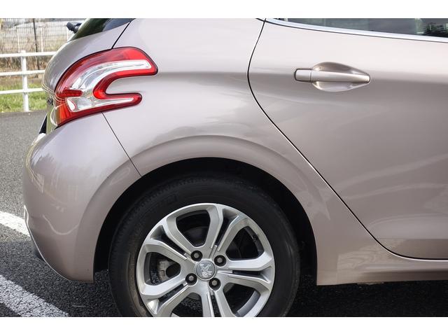 プレミアム ワンオーナー オートライト クルーズコントロール スピードリミッター ETC 純正オーディオ Bluetooth 純正16インチAW 禁煙車(35枚目)