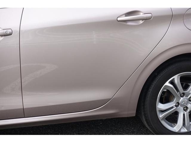 プレミアム ワンオーナー オートライト クルーズコントロール スピードリミッター ETC 純正オーディオ Bluetooth 純正16インチAW 禁煙車(40枚目)