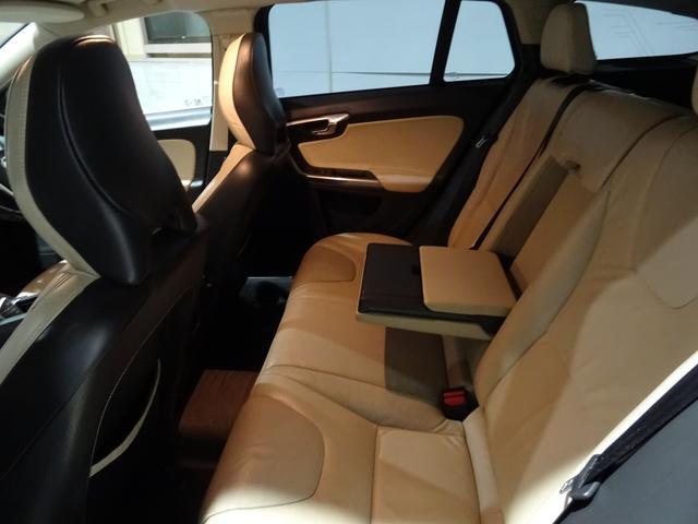 ボルボ ボルボ V60 ドライブe セーフティーPKG 禁煙 HDDナビ地デジ