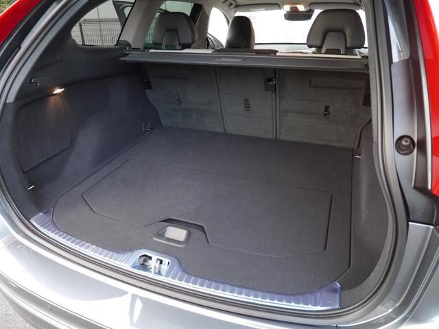 ボルボ ボルボ XC60 D4 クラシック 元試乗車 電動サンルーフ スポーツシート