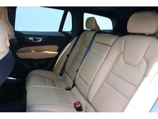 クロスカントリー T5 AWD プロ キャメルナッパレザーシート シートヒーター シートクーラー マッサージ チルトアップ機構付パノラマガラスサンルーフ 9インチSENSUSナビ 安全支援機能 運転支援機能(10枚目)