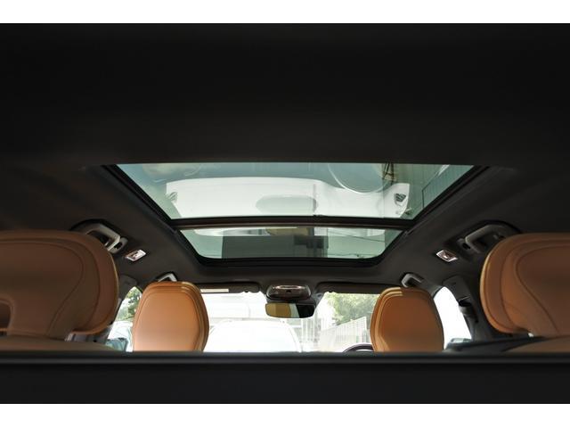 クロスカントリー T5 AWD プロ キャメルナッパレザーシート シートヒーター シートクーラー マッサージ チルトアップ機構付パノラマガラスサンルーフ 9インチSENSUSナビ 安全支援機能 運転支援機能(11枚目)