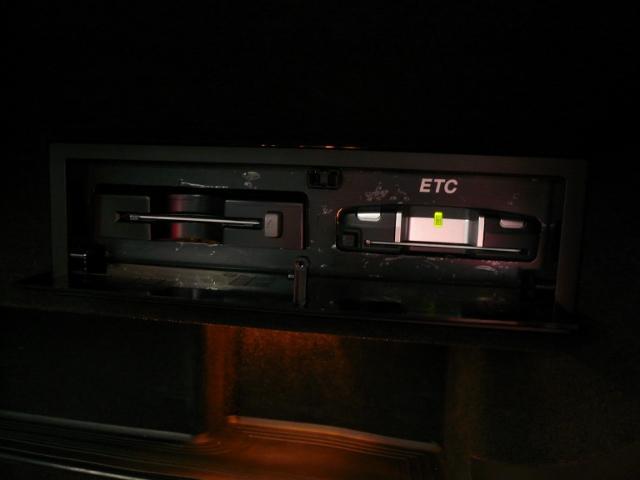 アウディ アウディ TTクーペ 2.0TFSI レザーシート 18AW HDDナビ ETC