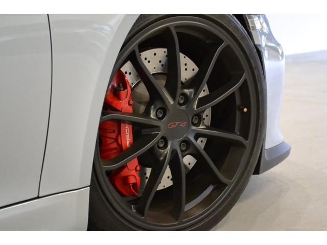 GT4 ライトデザインパッケージ スポーツクロノパッケージ ブラックスムースレザーステアリングリム(7枚目)