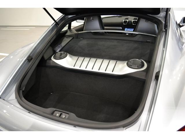 GT4 ライトデザインパッケージ スポーツクロノパッケージ ブラックスムースレザーステアリングリム(12枚目)
