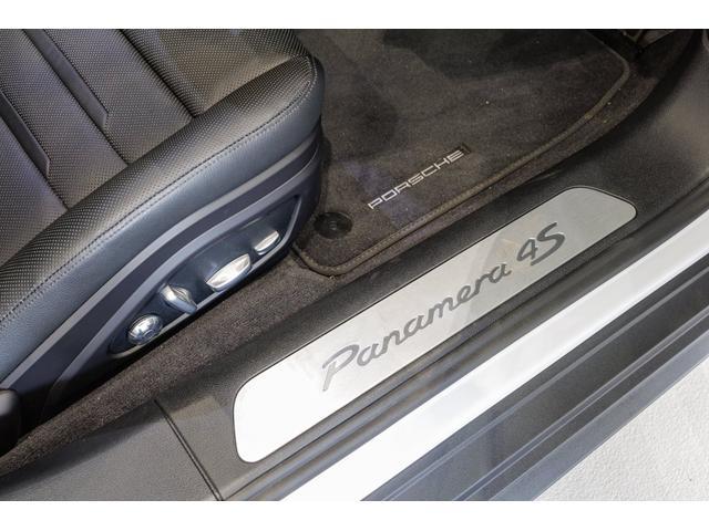 「ポルシェ」「パナメーラ」「セダン」「千葉県」の中古車16