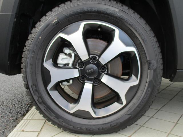トレイルホーク 4WD 9AT ナビ ETC LEDライト(19枚目)