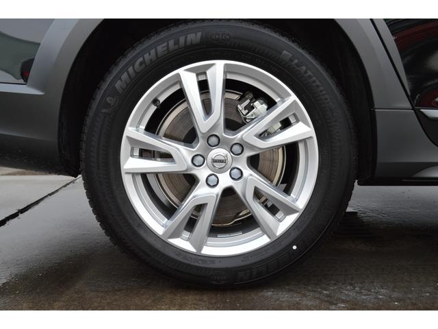 クロスカントリー T5 AWD モメンタム 登録済み未使用車(20枚目)