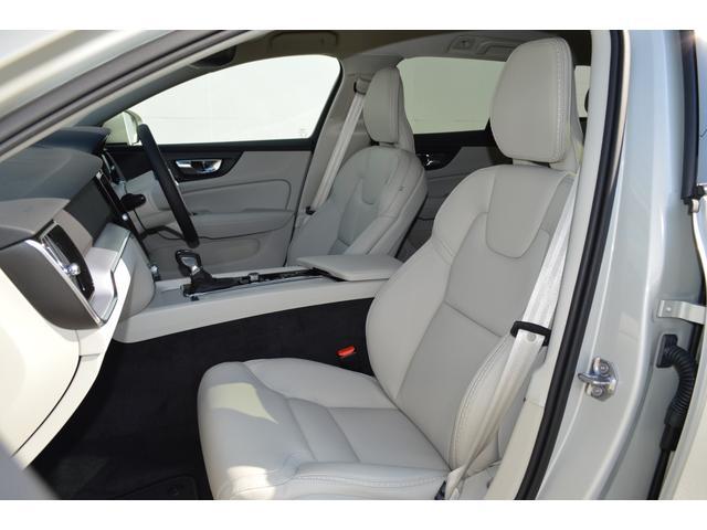 クロスカントリーT5AWD 登録済未使用車 2020年モデル(6枚目)